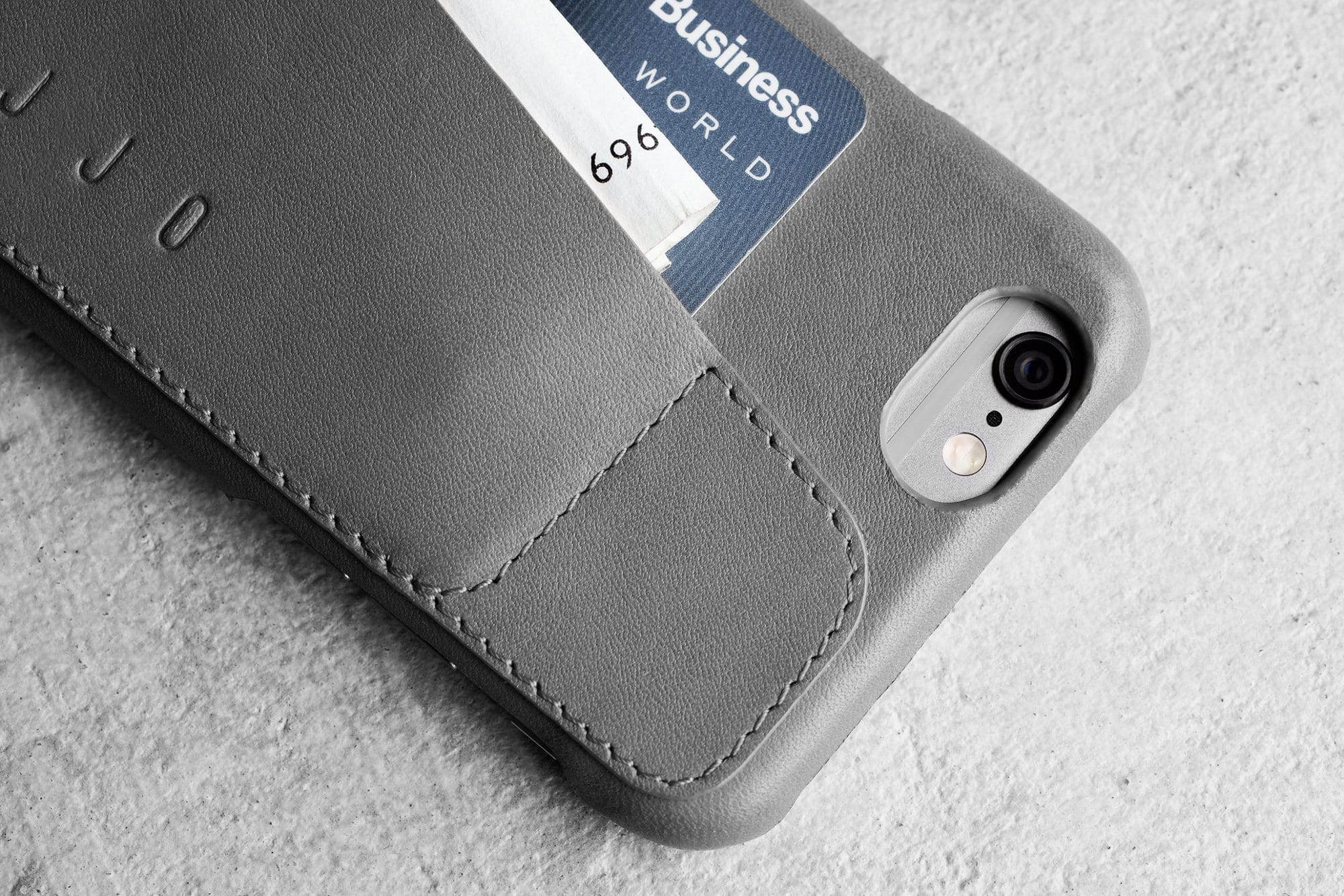 Leather Wallet Case 80° for iPhone 6 Gray Lifestyle 501